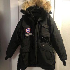 Men's XXL Snow Mantra Canada Goose parka
